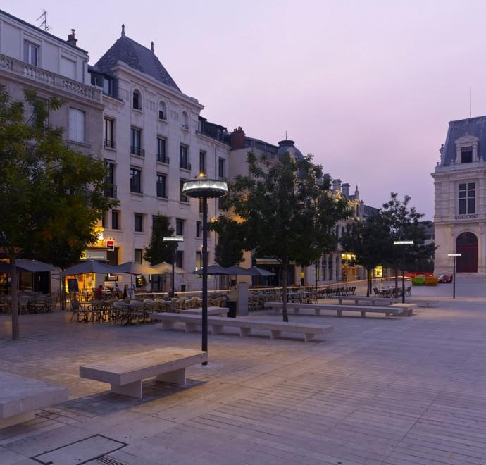 Anello, luminaires à Poitiers - Photographie Boy de la Tour